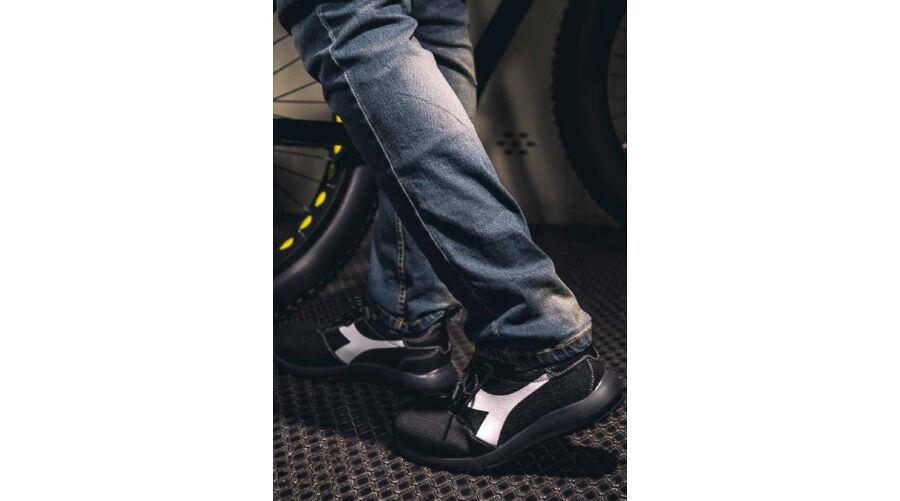 9d5443a1b6 DIADORA UTILITY D-LIFT LOW PRO S1P SRC HRO ESD munkavédelmi cipő